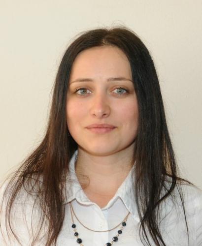 Поповић Данијела, проф. српског језика