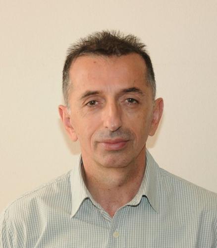 Јочић Драган, проф. француског језика