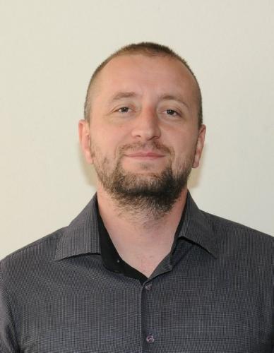 Милић Немања, проф. информатике
