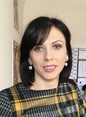 Гвоздић Јелена, проф. српског језика